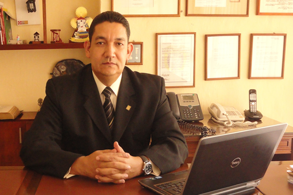 hector sanchez collazos rector